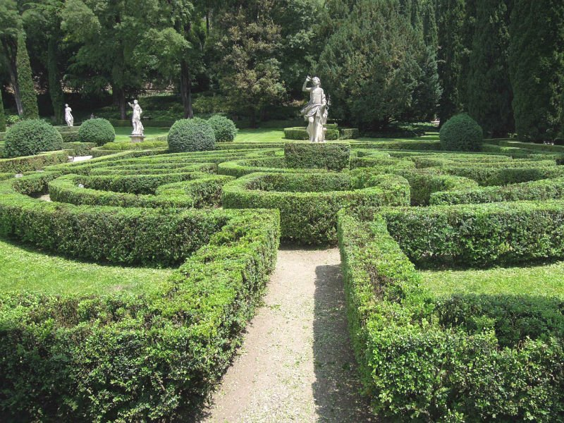5 things to do in Verona - Giardino Giusti