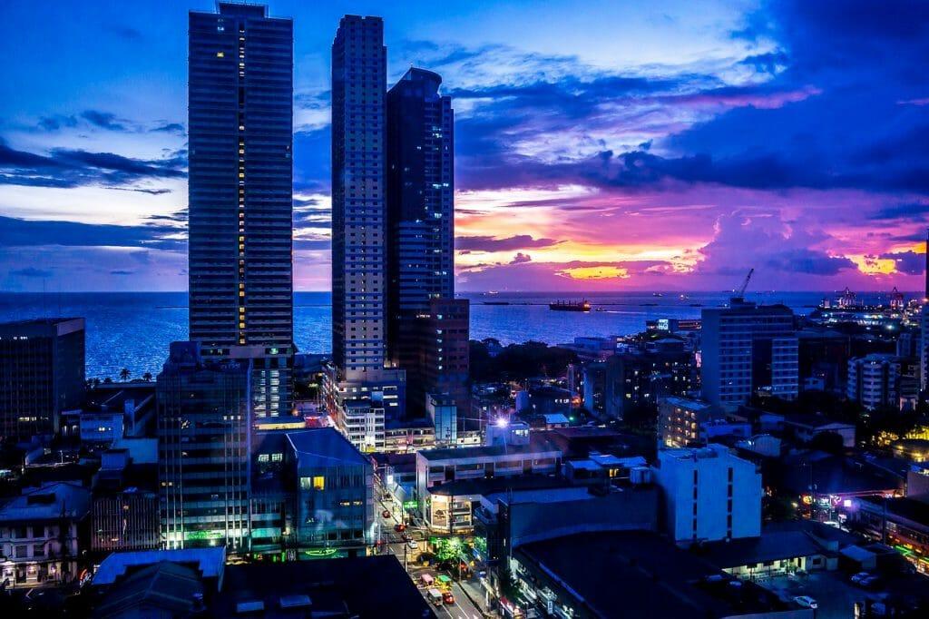 Visiting Manila - nightlife