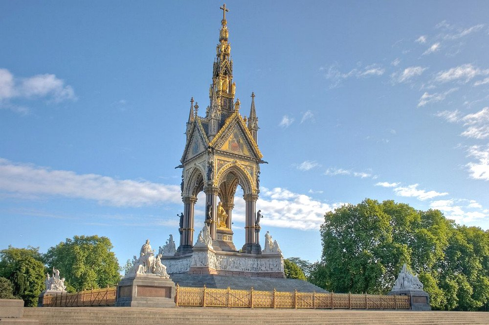 London autumn walks - Albert Memorial