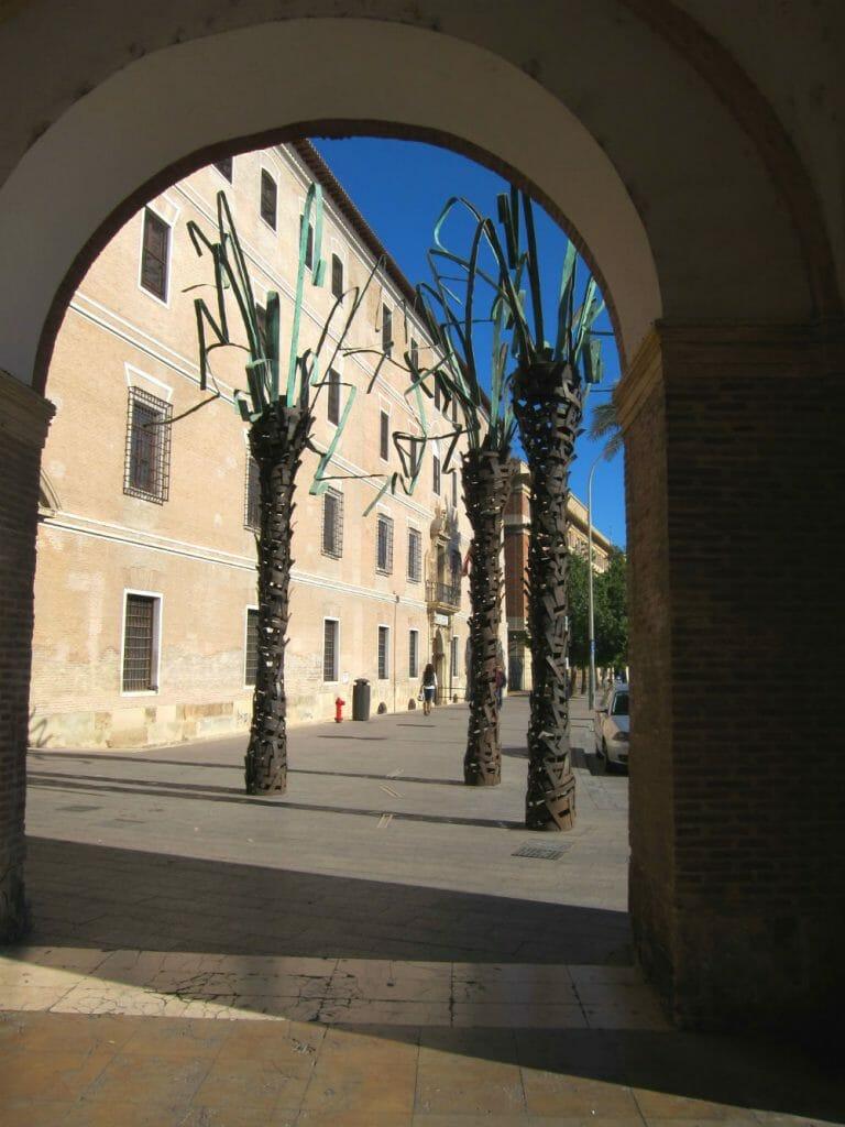 Murcia - Murcia building shadows