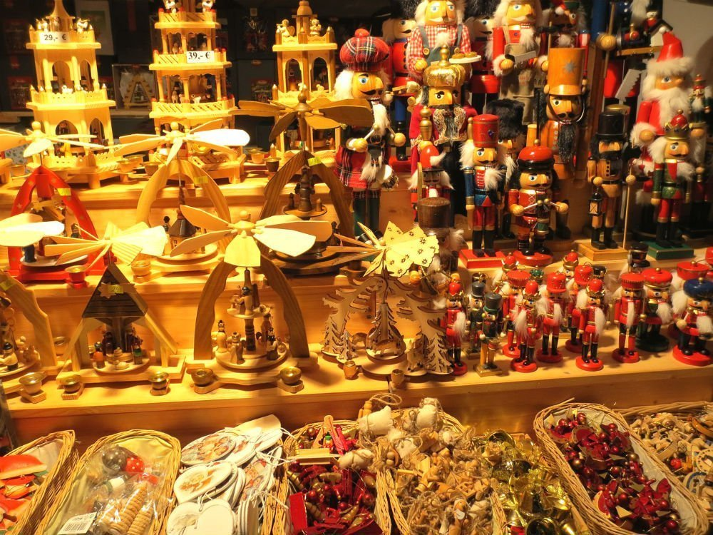 Crafts and gifts on display at the Berlin Christmas market destinations — European Christmas market destinations