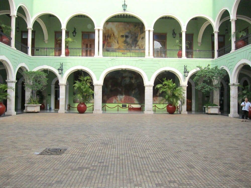 Discovering Merida - Palacio