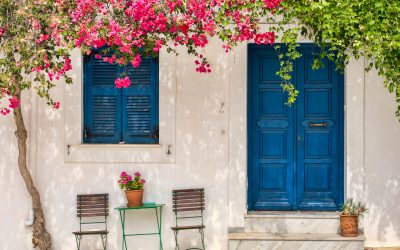 How to have a budget holiday in Paros