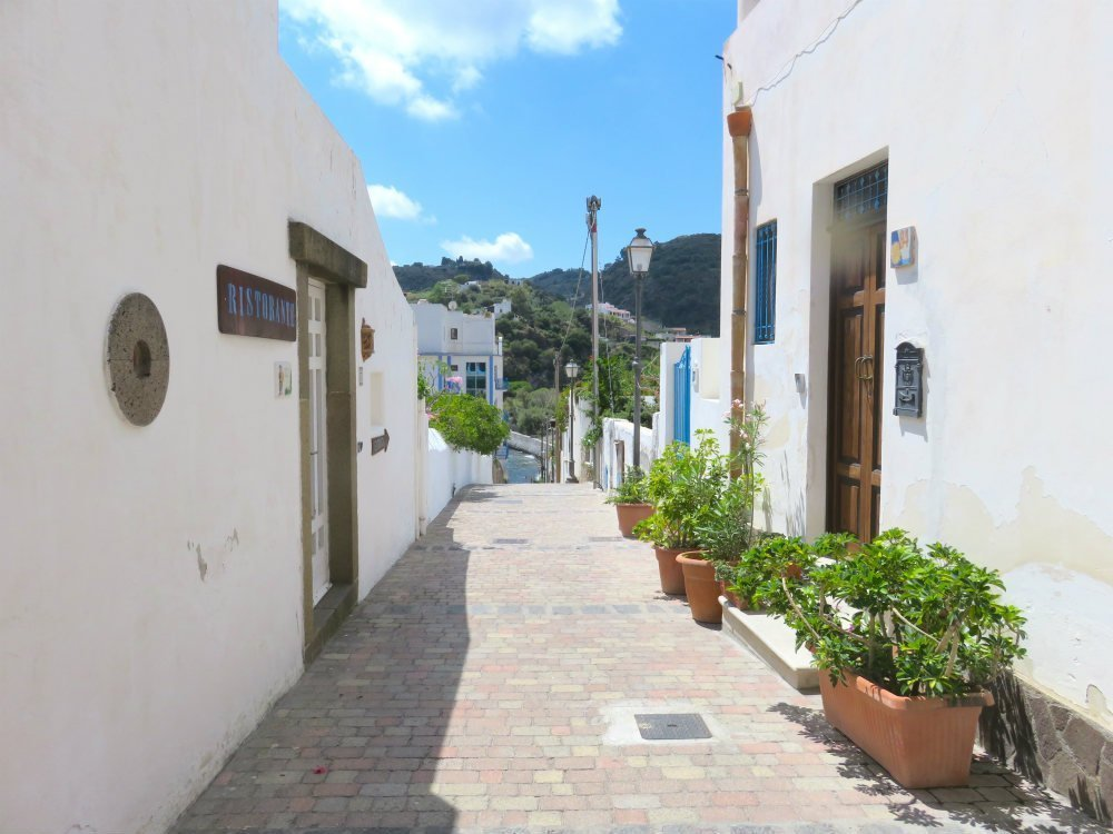 Things to do in Lipari - Lipari streets