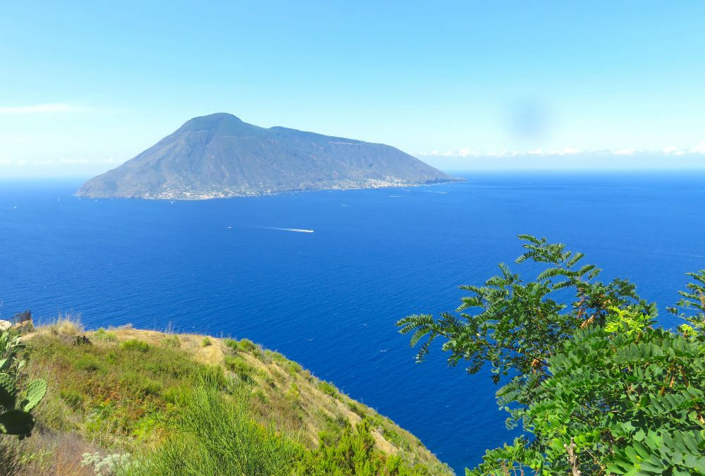 A first-timer's guide on the best things to do in Lipari Sicily
