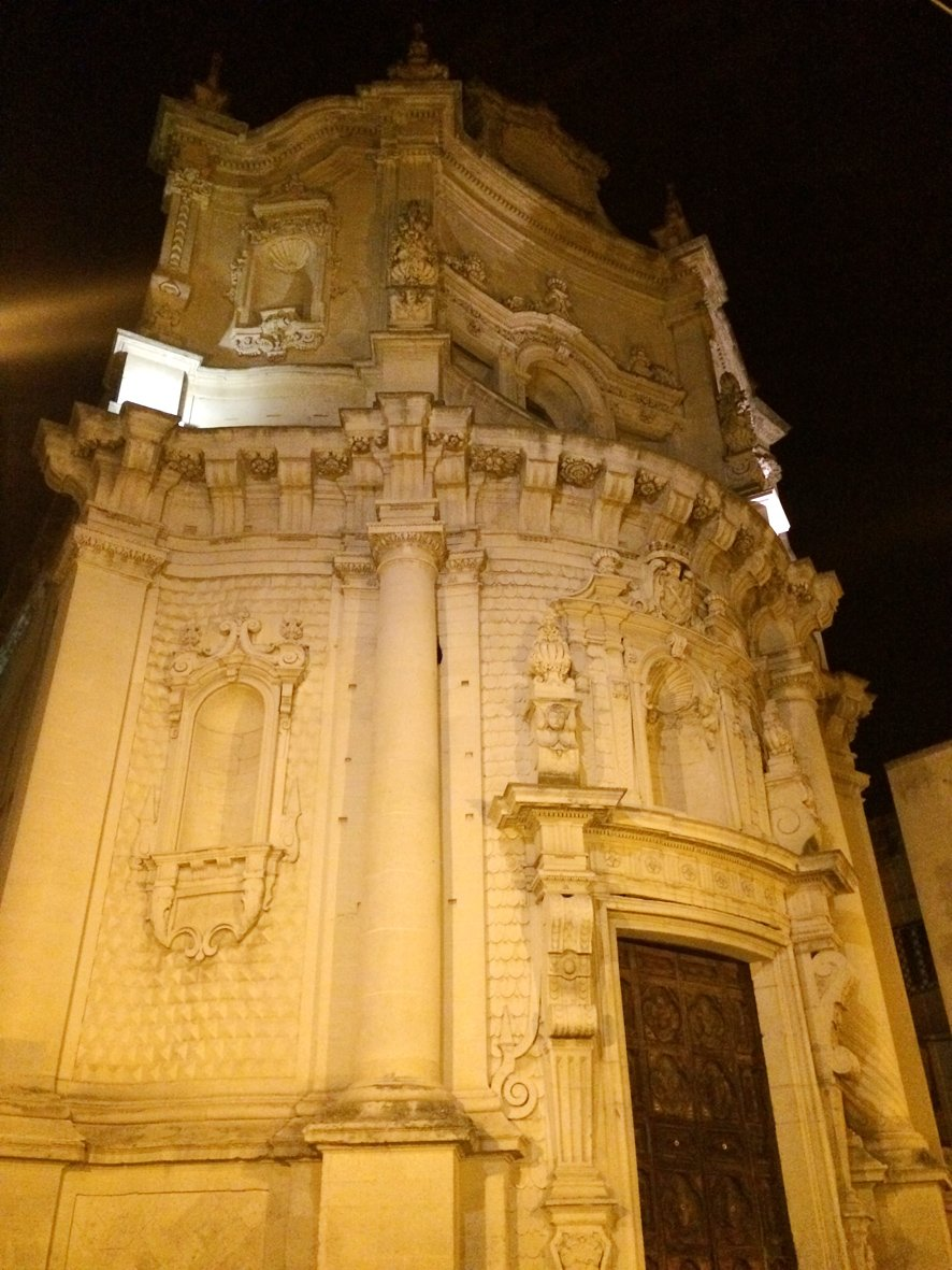 Italy road trip: lit up in Lecce