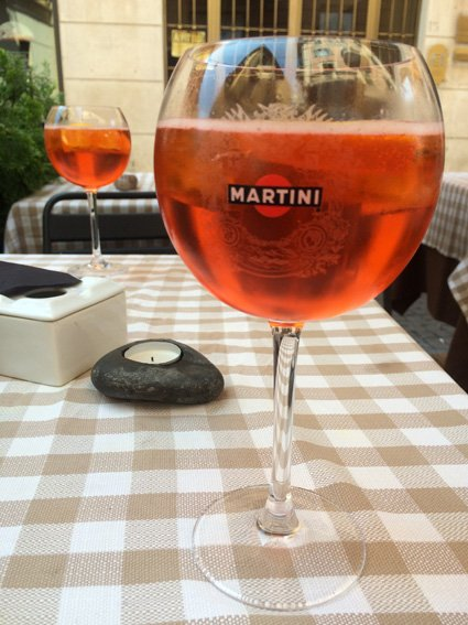 road trip around Italy - from Siena to Veneto: Happy hour starts early in Veneto