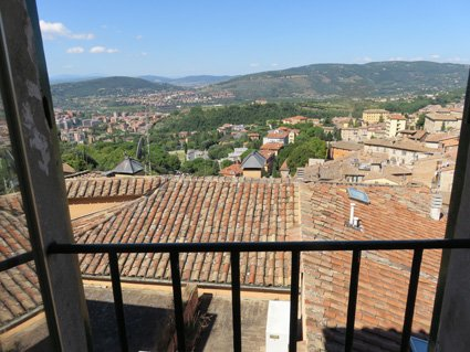 Road trip Italy - Siena Veneto: The calm after the earthquake in Perugia