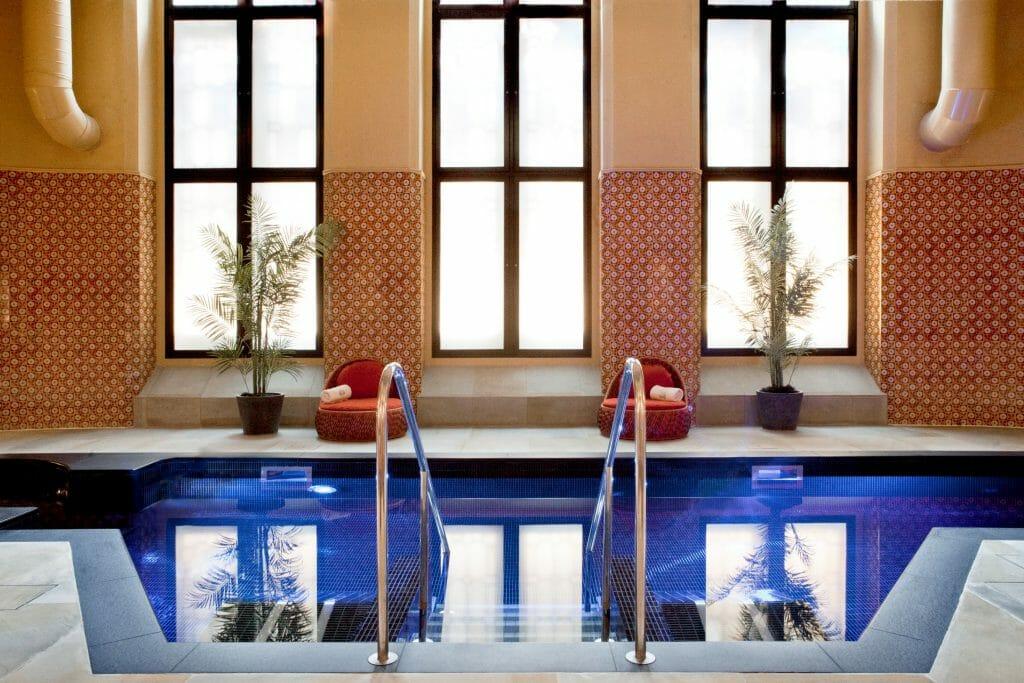 Couples massage London: best couples spa packages