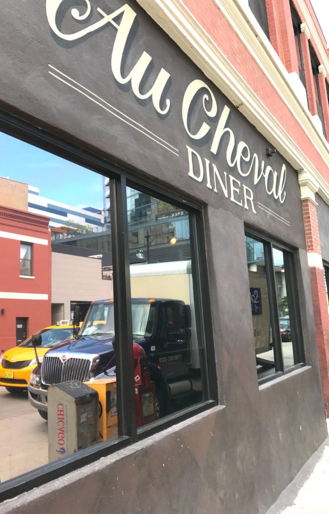 Where to eat in West Randolph Street, Fulton Market District, Chicago - Au Cheval outside