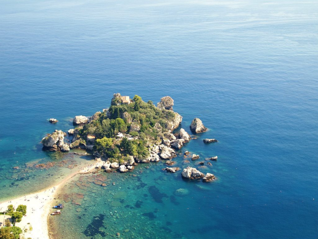 Top 5 European summer holiday destinations for couples - Isola Bella