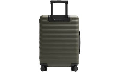 Horizn Studios luggage review: Model M Cabin Luggage