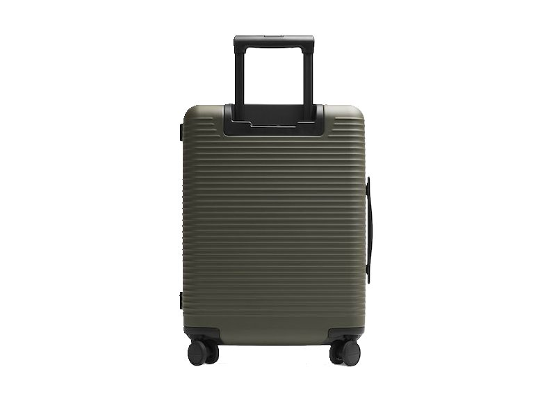 Horizn Studios – Model M Cabin Luggage