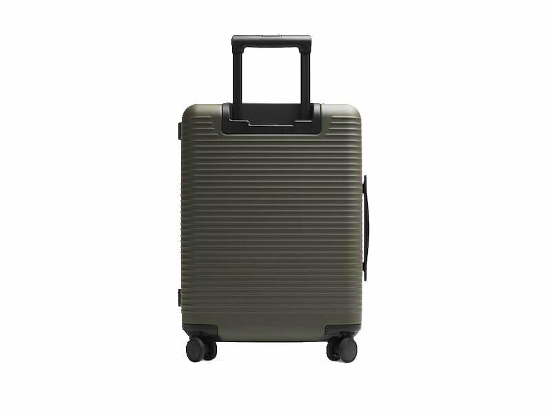 Horizn Studios – Model M Cabin Luggage
