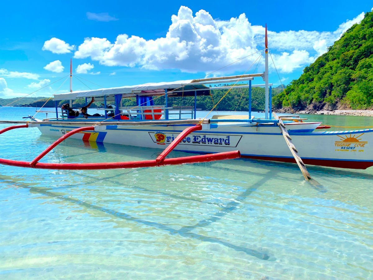 5 excellent reasons to choose the Caramoan Islands over El Nido 4