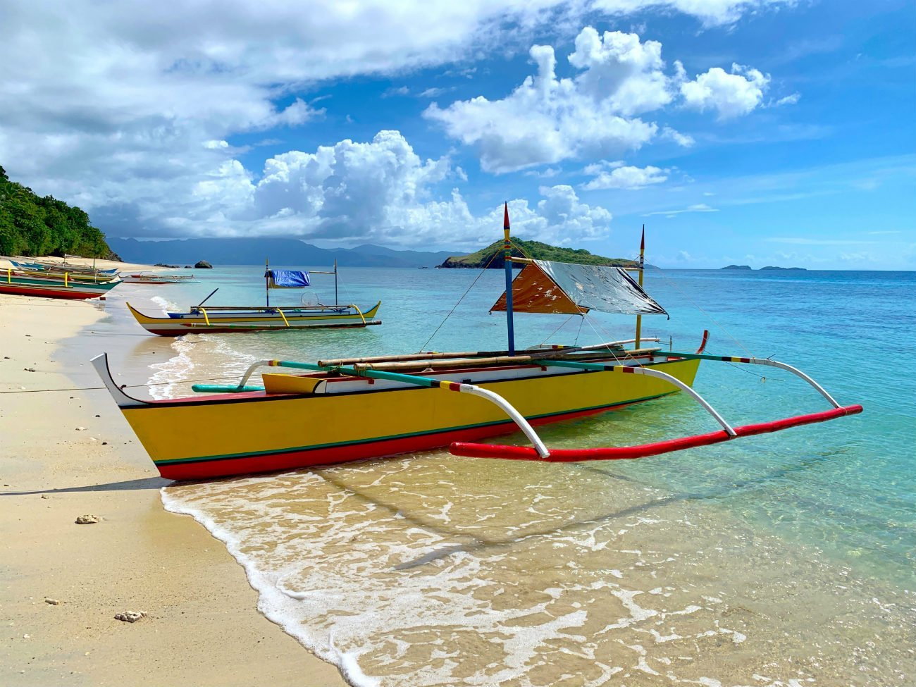 sustainable tourism in the philippines - Caramoan Islands boats