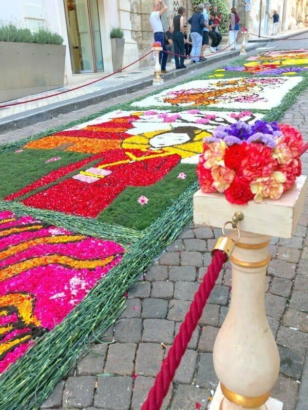 Infiorata di Noto — the annual flower festival in Noto, Sicily 1