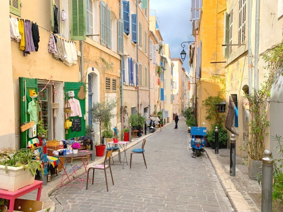 best Instagram spots in Marseille - Le Panier