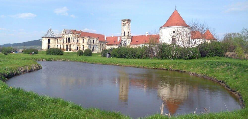 Autumn breaks in Europe - Bánffy Castle