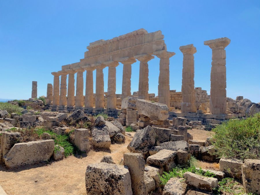 A road trip around Sicily | from Agrigento to Palermo 9