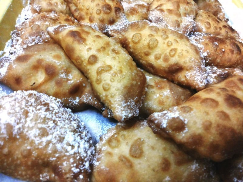 13 delicious desserts to try in Sicily 9