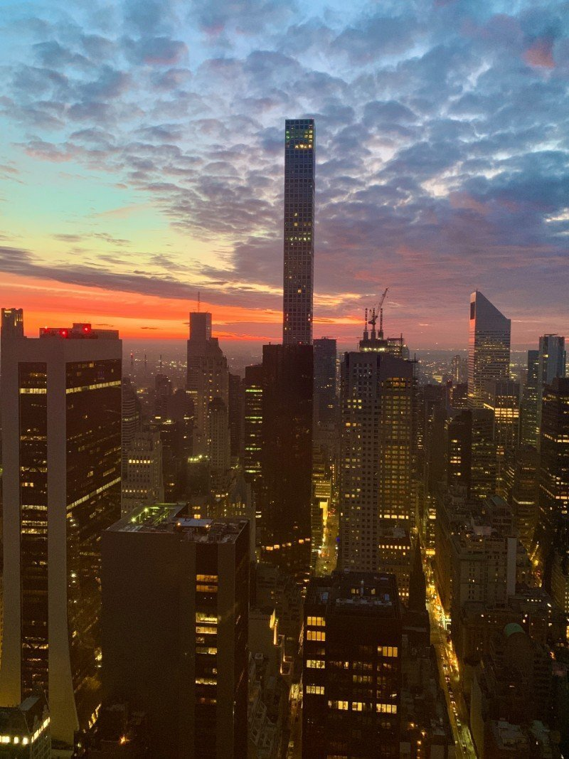 Sunset over New York City - best views NYC free Lisa Rivera