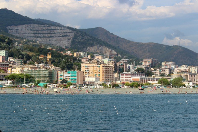 30 sizzling beaches to visit in Genoa 2