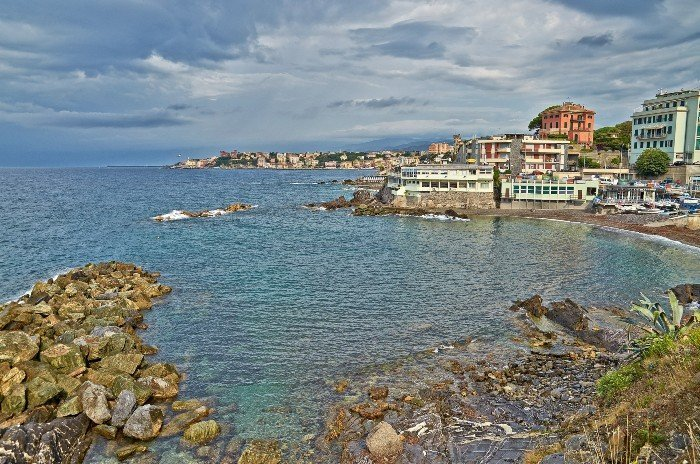 30 sizzling beaches to visit in Genoa 3