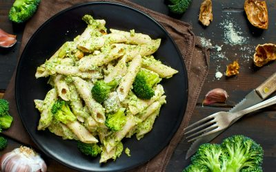 20-minute authentic Italian penne with broccoli