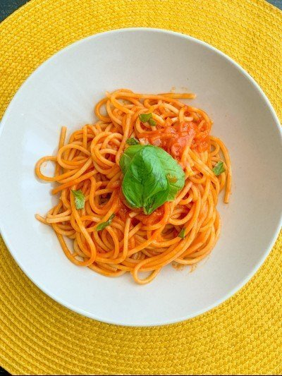 4-ingredient low carb spaghetti sauce 1