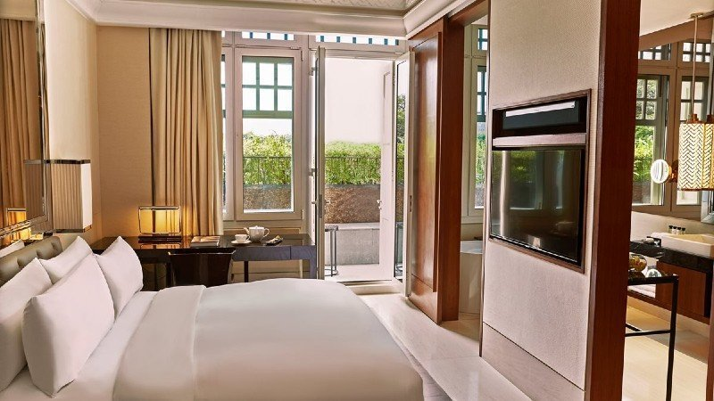 10 luxury hotels for the ultimate Singapore staycation 3