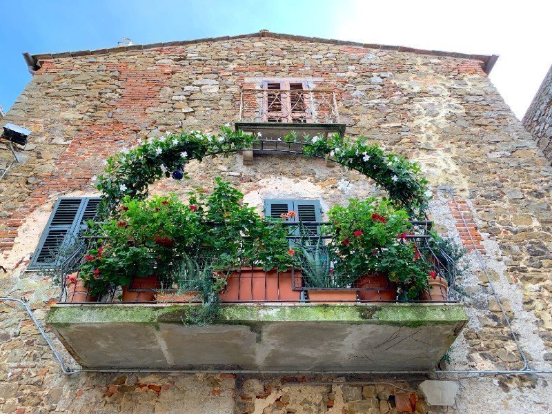 Balcony in Montemerano - a village in Tuscany