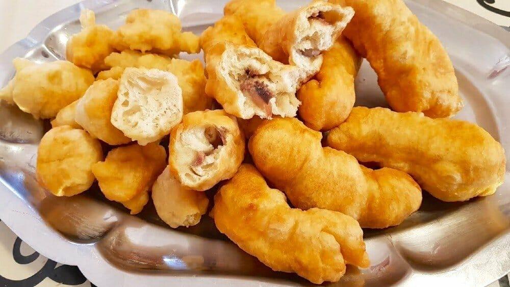 Crispelle con l'acciuga - Sicilian Christmas food